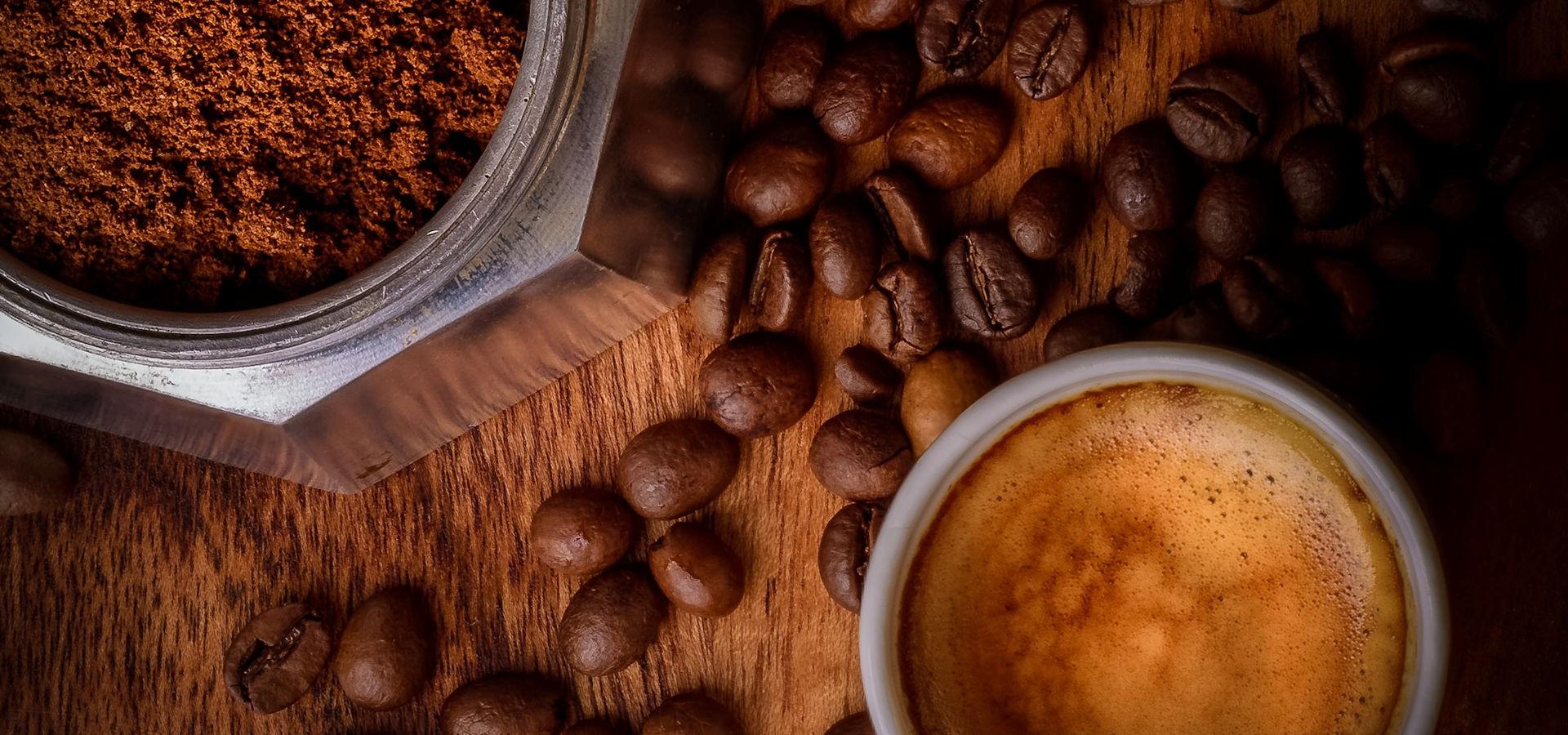 Caffè in Grani o Macinato Espresso o Moka